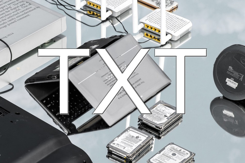 TXT on Devices by Tilman Hornig
