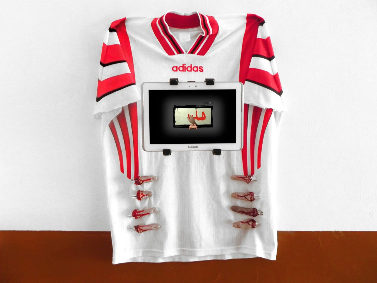 RENAUD JEREZ_Blood_Bari football team t-shirt, horror severed cut off rubber fingers - video shown on ipad - ipad holder, screws