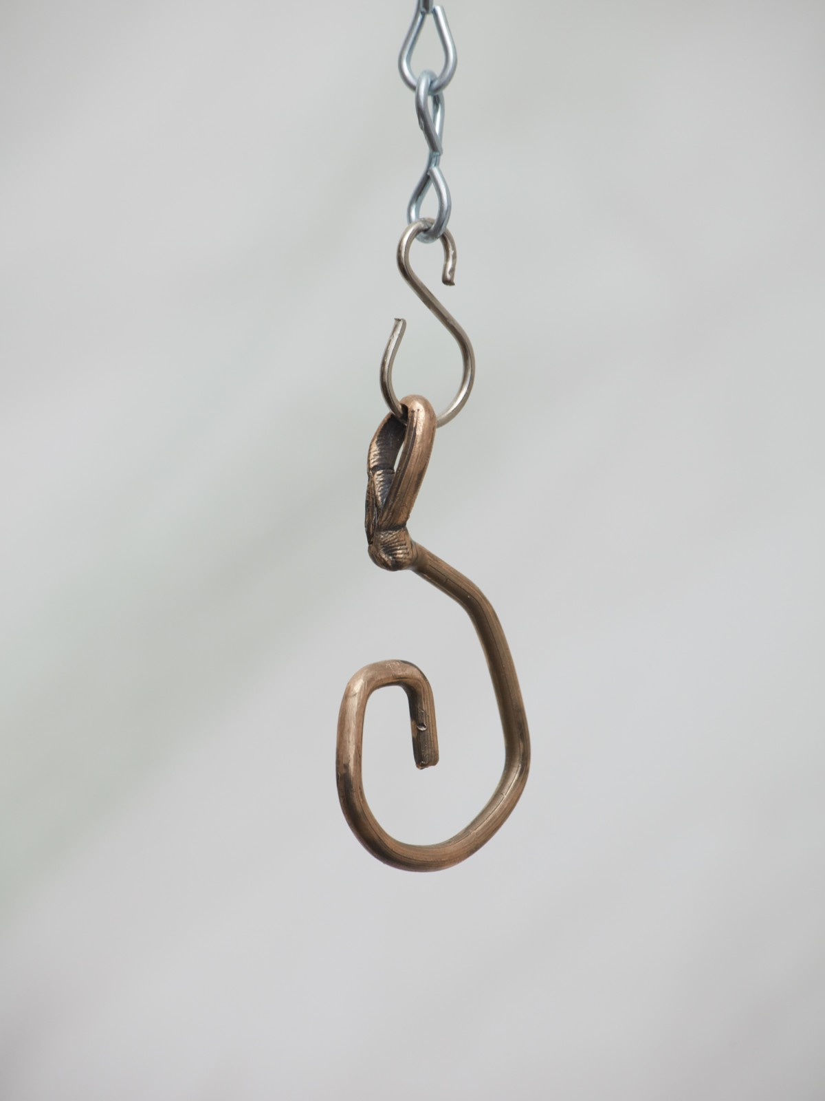 Jaakko Pallasvuo, Pendant I, 2016, Bronze, 2 x 1 x .5 in, 6 x 3 x 1 cm