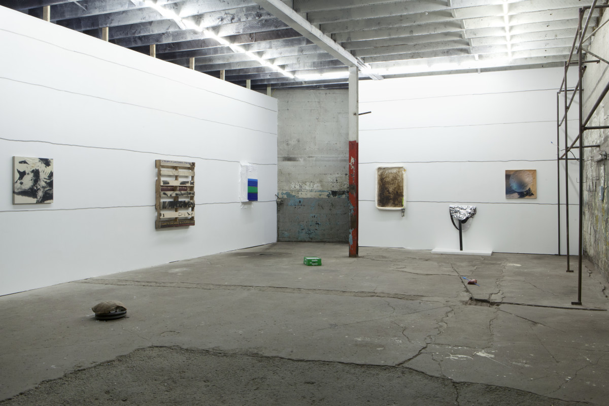 2_installation-view_1